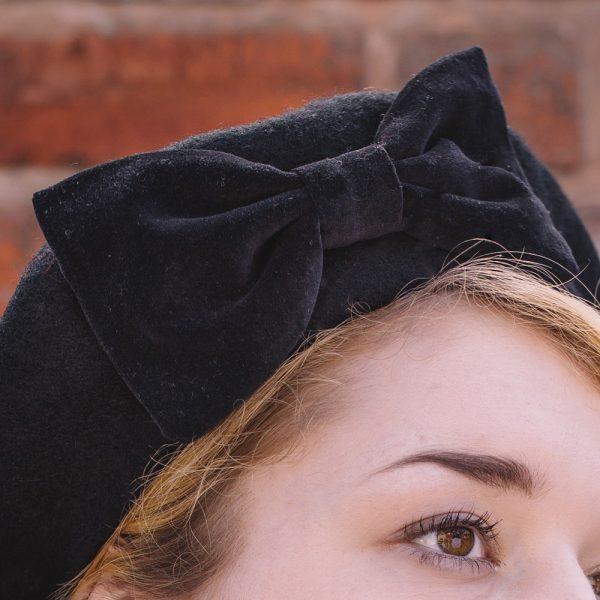 Black Beret Black Velvet Bow-detail2