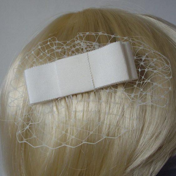 Ivory Ribbon Bow Hair Comb detail