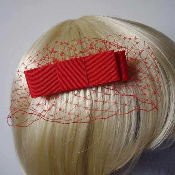 Red Ribbon Bow Hair Comb detail