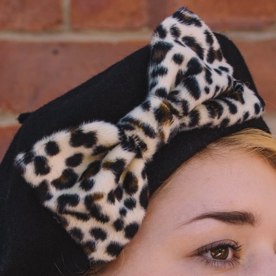 Black Beret Leopard Fake Fur Bow detail2