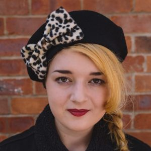 Black Beret Leopard Fake Fur Bow