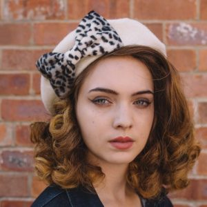 Ivory Beret Grey Leopard Fake Fur Bow angle