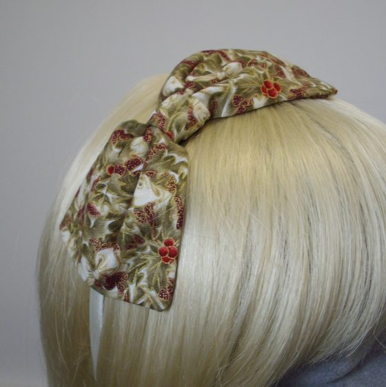 Ivory Christmas Holly Bow Headband detail2