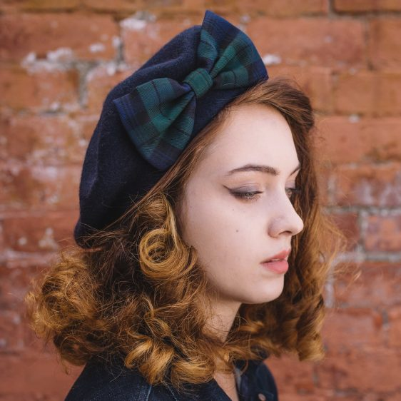 Navy Beret Blackwatch Tartan Bow side