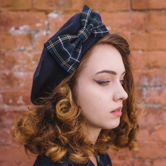 Navy Beret Navy-White Tartan Bow side