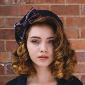Navy Beret Purple-Lilac Tartan Bow