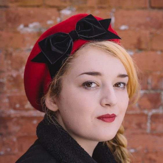 Red Beret Black Velvet Ribbon Bow angle