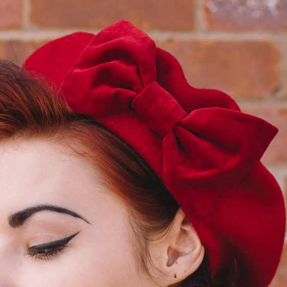 Red beret with red velvet bow detail2