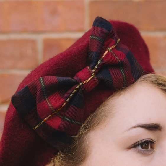 Wine Red Beret Wine-Navy Tartan Bow detail2