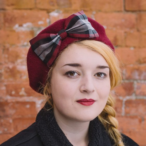 Wine Red Beret Wine-Black Tartan Bow
