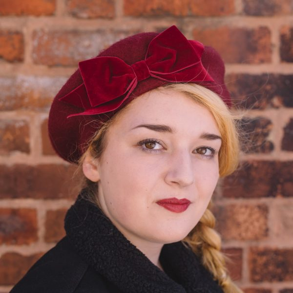 Wine red beret with wine red velvet ribbon bow angle