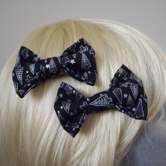Black Silver Christmas Tree Bow Hair Clip detail