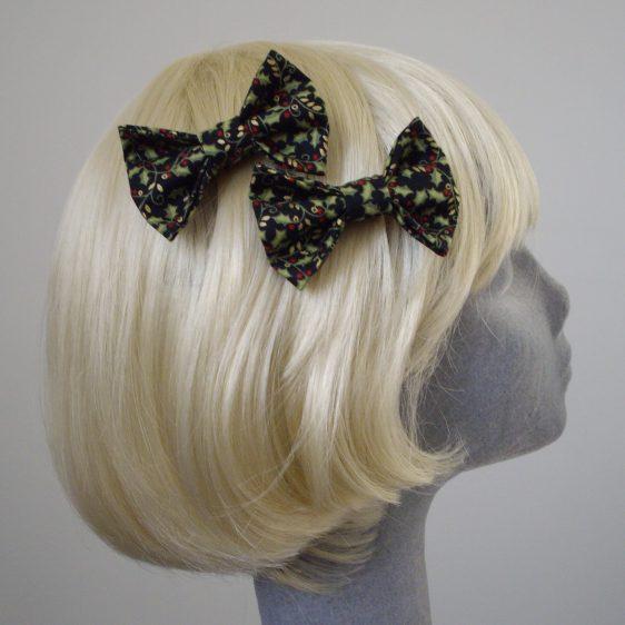 Black Christmas Holly Bow Hair Clip side