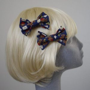 Blue Christmas Robin Bow Hair Clip side