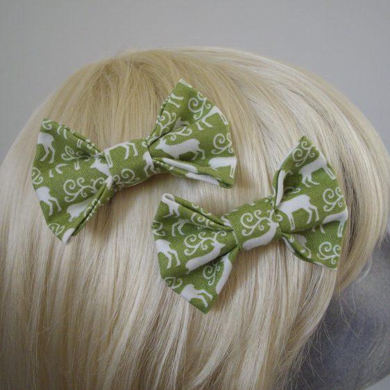 Green Christmas Reindeer Bow Hair Clip detail2