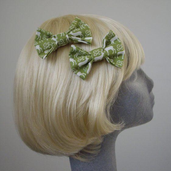 Green Christmas Reindeer Bow Hair Clip side