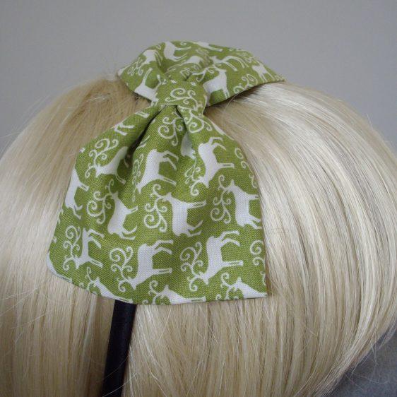 Green Christmas Reindeer Bow Headband detail