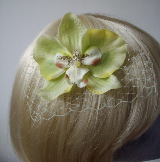 Green Orchid Flower Hair Comb detail2