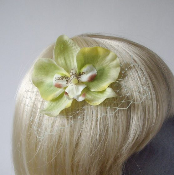 Green Orchid Flower Hair Comb detail