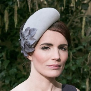 Grey Felt Sloped Beret Hat with Grey Fabric Leaves
