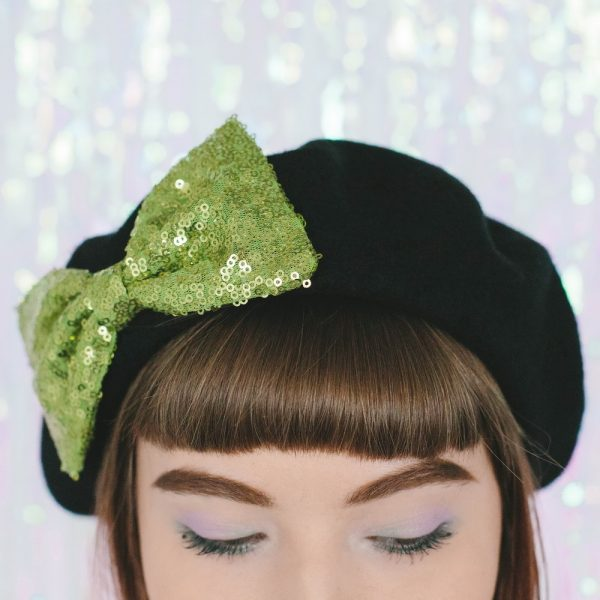 Black Beret Lime Sequin Bow detail