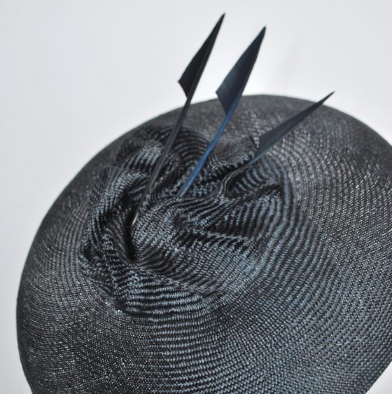 Navy Straw Brimmed Hat with Arrow Feathers - detail