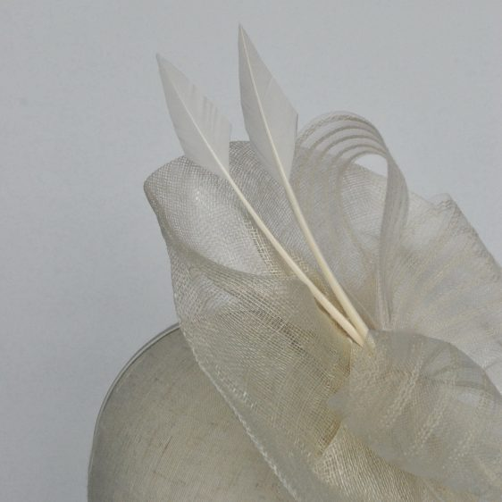Ivory Sinamay Saucer Fascinator with Arrow Feathers and Crinoline - detail 2