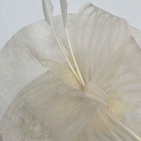 Ivory Sinamay Saucer Fascinator with Arrow Feathers and Crinoline - detail 4