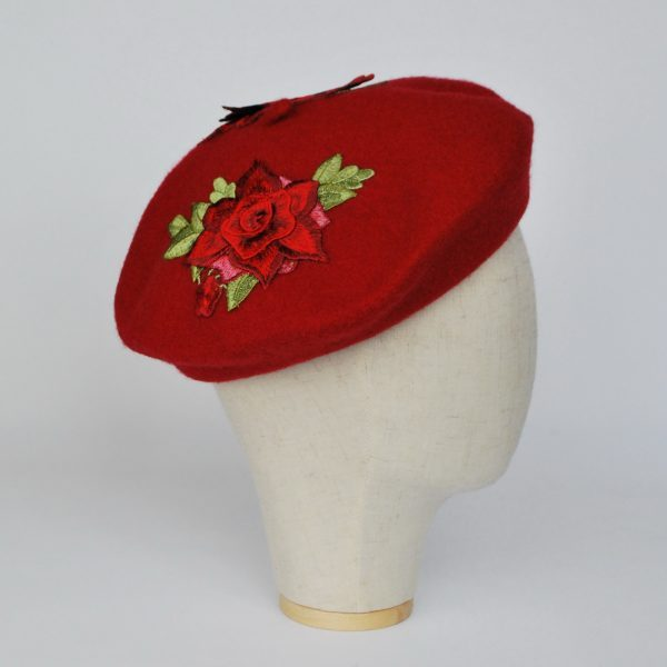 Red Autumn Beret Hat with Embroidery Flowers