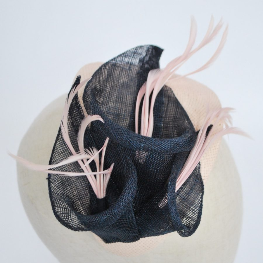 Nude Paper Straw Half Hat with Lilies and Feathers - detail 2