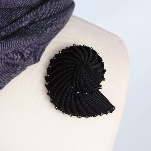 Black Ribbon Nautilus Shell Brooch with Pewter Beads