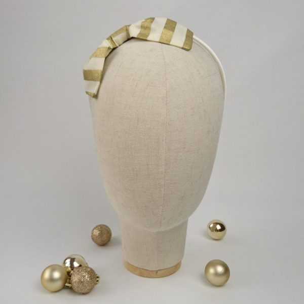 Gold Christmas hair accessory