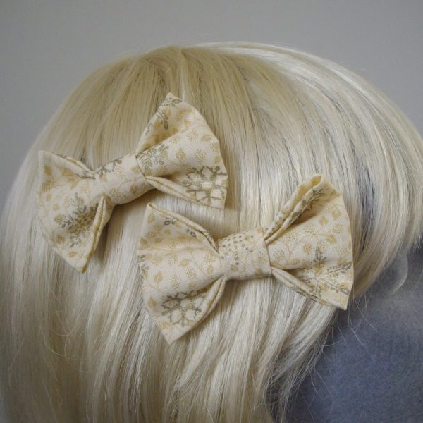 Cream and Gold Christmas hair bow