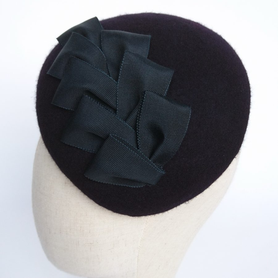 Navy Felt Sloped Beret with Ribbon Loops detail