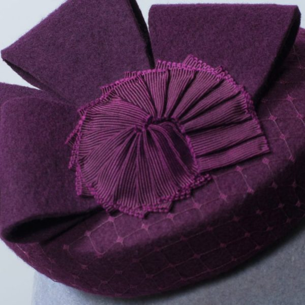 Mini button race day hat for spring autumn winter