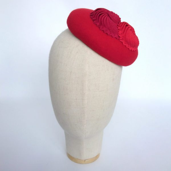 Red Cheltenham Gold Cup race day hat