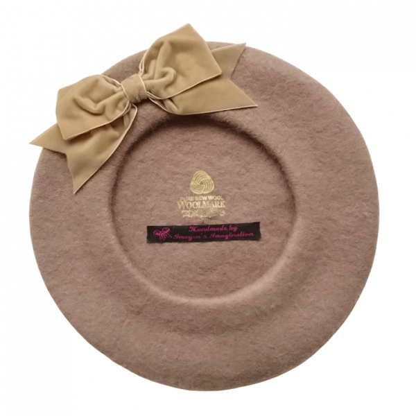 Beige Beret with Bow