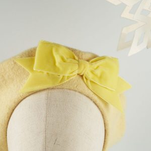 Pale Yellow Wool Felt Beret with a Bow by Imogen's Imagination
