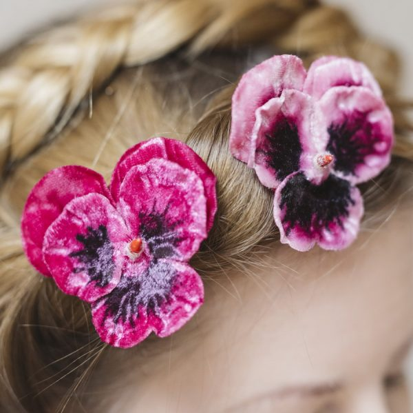 Detail of hair clips in Pink Large Pansy Flower Gift Set