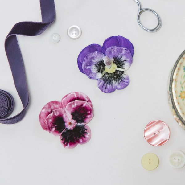 Purple and Pink Large Pansy Flower Gift Set hair clips