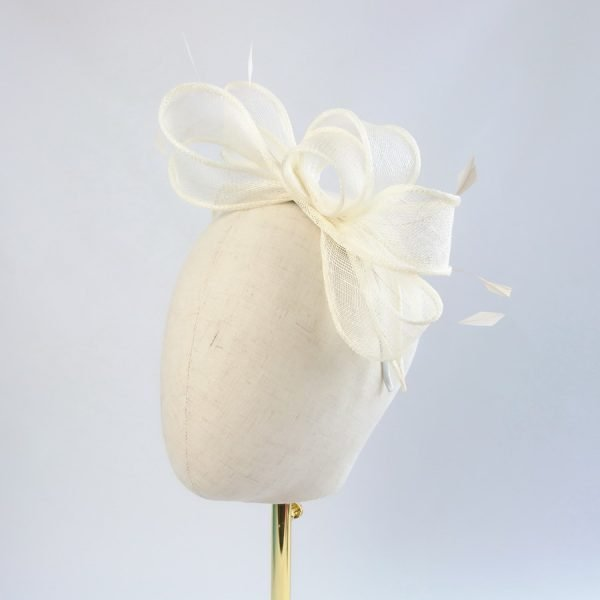 Ivory Fascinator for a wedding guest